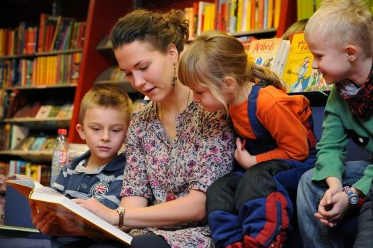 Vorlesen am Vorlesetag - Leipziger Kinderstiftung