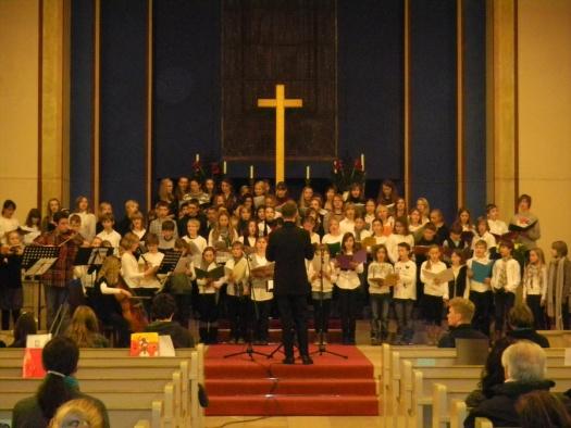 Kinderchor am Weihnachtskonzert - Leipziger Kinderstiftung