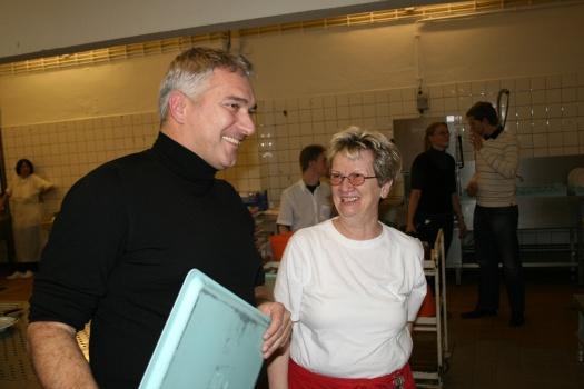 Freude bei der Übergabe - Leipziger Kinderstiftung