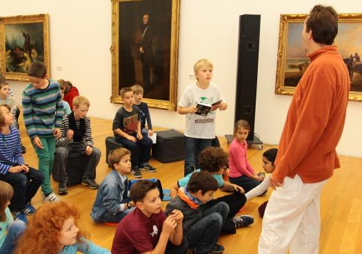 Fragerunde mit Boris Pfeiffer - Leipziger Kinderstiftung