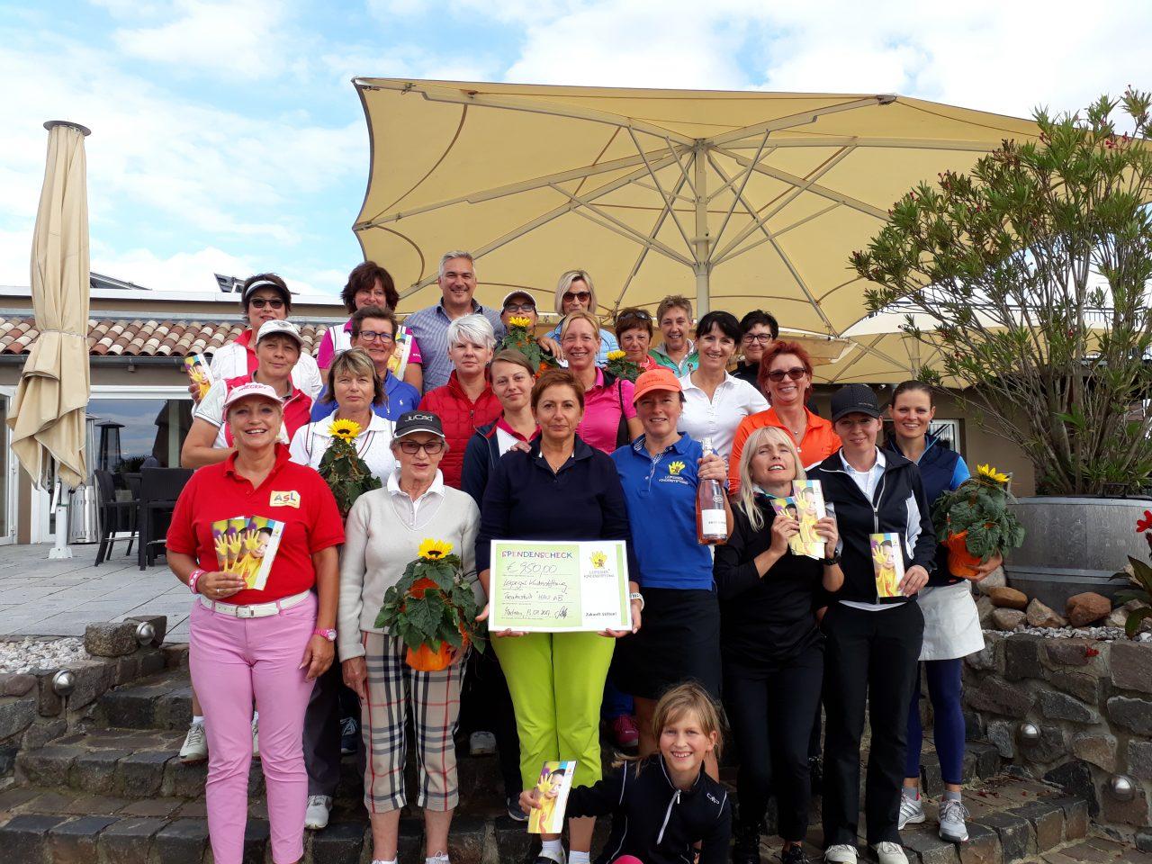 """Golfen für Präventionstheaterstück """"HAU AB!"""" - Leipziger Kinderstiftung"""